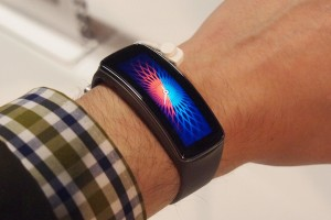 samsung gear fit il nuovo smartwatch samsung