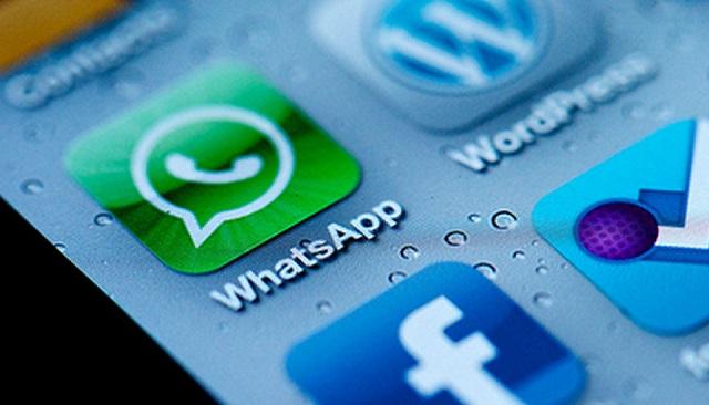 WhatsApp e Siri