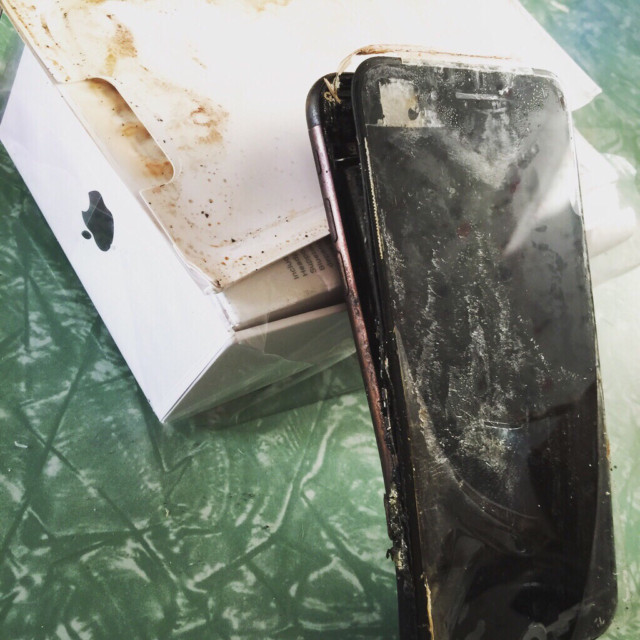 iPhone 7 come Galaxy Note 7: esploso