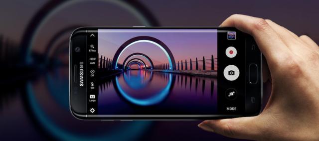 Galaxy S7 nero lucido come iPhone 7 Jet Black