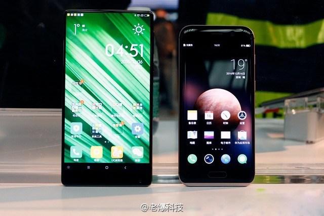 Xiaomi Mi Mix vs Huawei Honor Magic