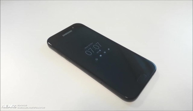 Galaxy A5 2017 video e foto dal vivo