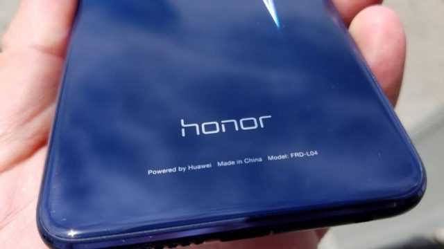 Honor 8 e Huawei Mate 8 Android Nougat