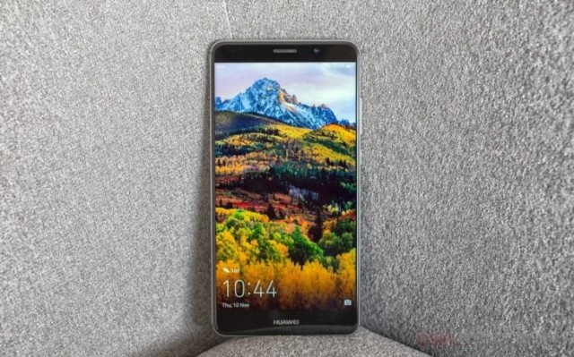 Huawei Mate 9 video test resistenza
