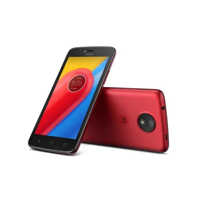Motorola Moto C e C Plus, smartphone essenziali