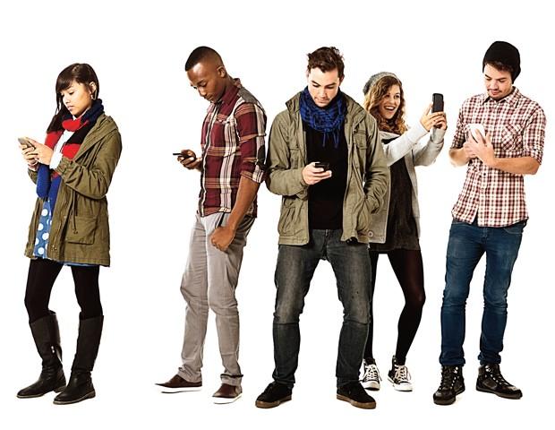 Lo smartphone ci rende più stupidi: uno studio universitario