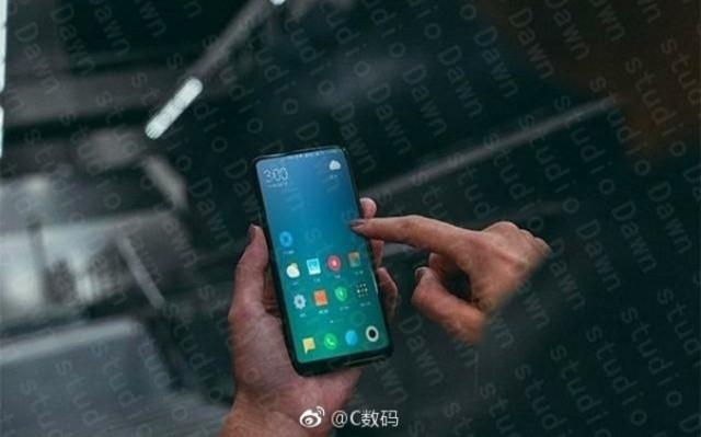 Xiaomi Mi Mix 2 immagine dal vivo
