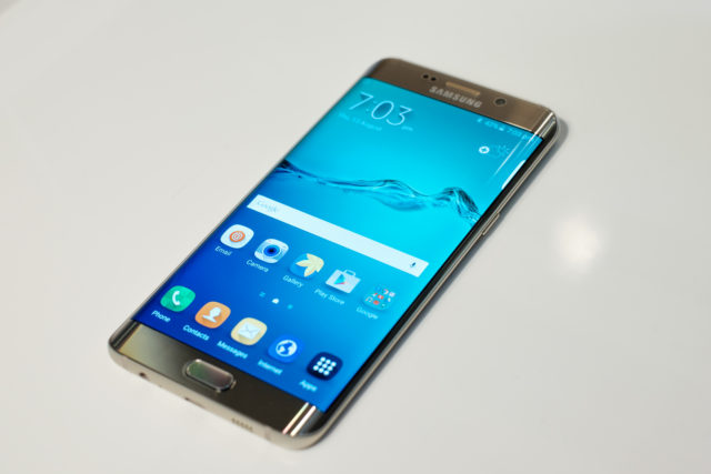 Samsung Galaxy S6 edge plus patch dicembre 2017