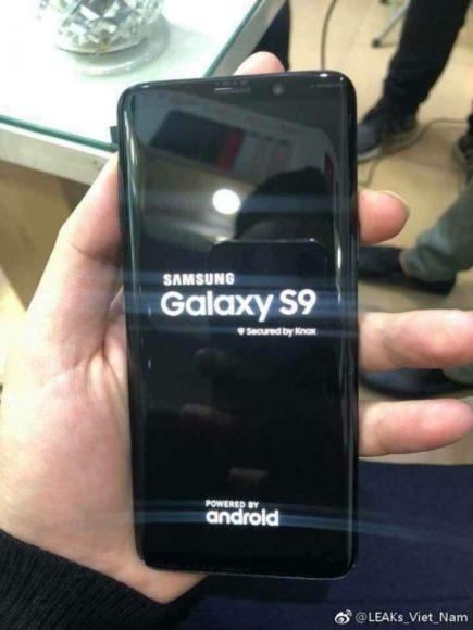 Galaxy S9 immagini dal vivo nero