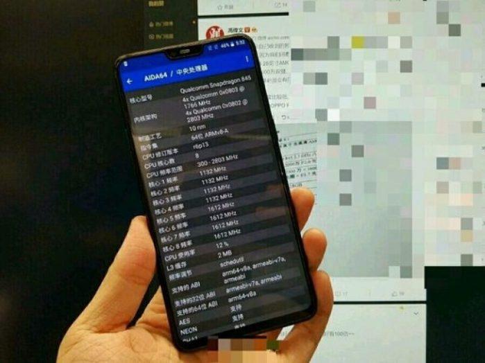 OnePlus 6 rumors: immagine dal vivo