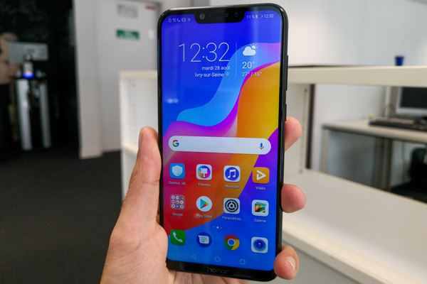 Honor Play si aggiorna già ad Android Pie 9.0 in Polonia: i