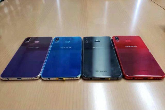 Samsung Galaxy A6s immagini dal vivo