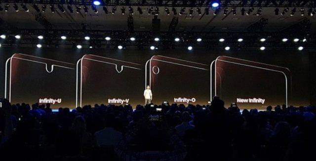 Smartphone Galaxy con la tacca di Samsung