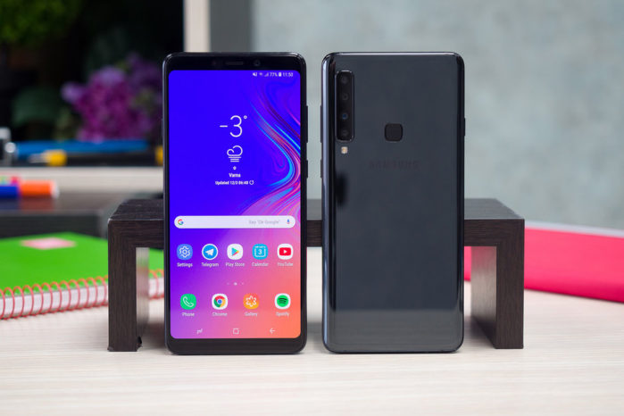 Galaxy A10 come Galaxy S10: scanner per le impronte sotto il display