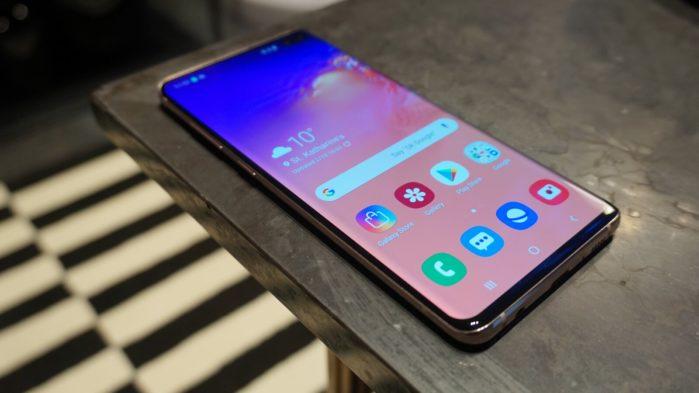 Galaxy S10 e S10 Plus aggiornamento maggio 2019