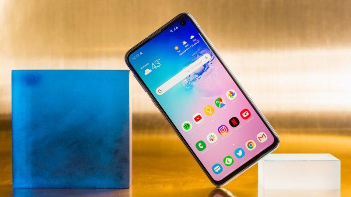 Galaxy S10e al prezzo di 499 euro da Esselunga