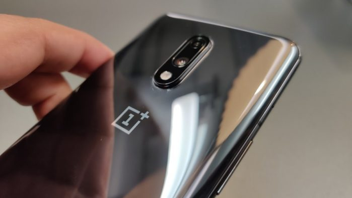 OnePlus 7 in Italia con nuovo aggiornamento