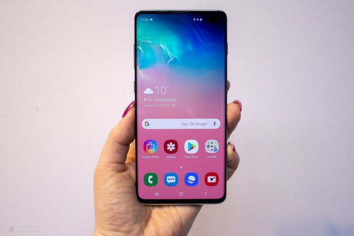 Samsung Galaxy S10 regala il Galaxy Watch Active a settembre-ottobre 2019
