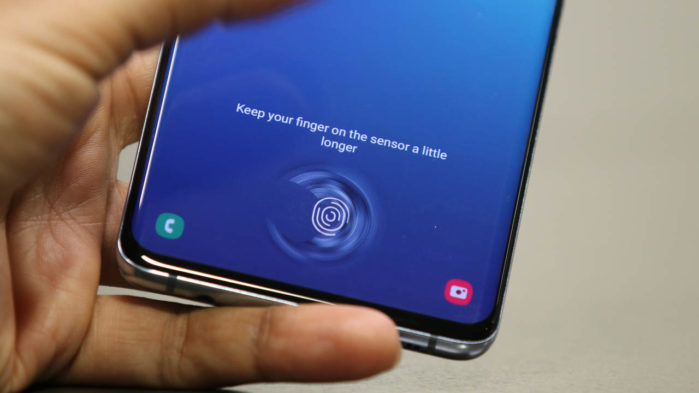 Galaxy S10 problemi scanner impronte digitali sotto display