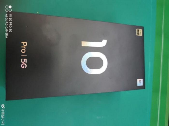 Xiaomi MI 10 Pro immagini dal vivo: la Scatola