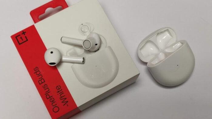 OnePLus Buds scambiati per Apple Airpods contraffatti negli USA