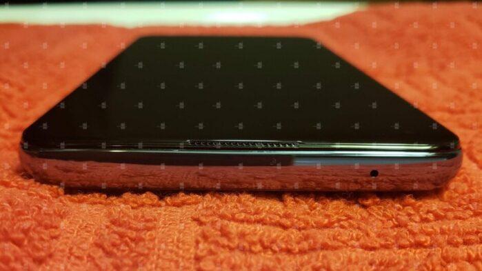 OnePlus 9 5G design 1