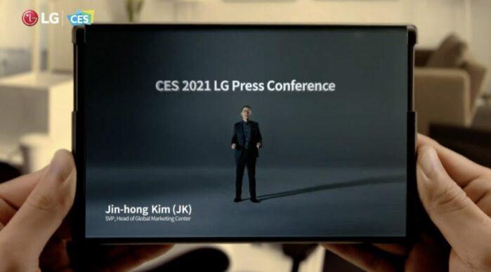 LG smartphone con display arrotolabile pubblicizzato al CES 2021
