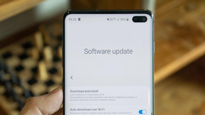 Samsung Galaxy 4 anni di aggiornamenti sicurezza nuova politica