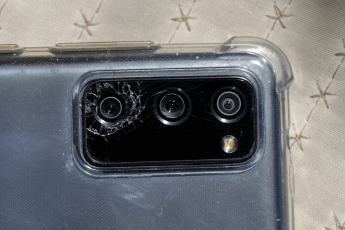 Samsung Galaxy S20 vetro fotocamera difettoso Class Action